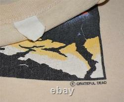 RaRe 1970s THE GRATEFUL DEAD vtg rock concert tour shirt (M) 1974 Jerry Garcia