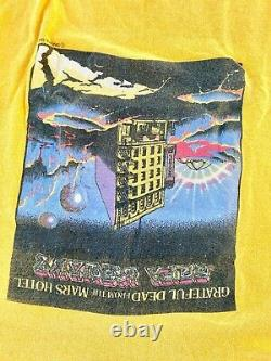 Vintage 1974 Grateful Dead From the Mars Hotel Graphic Shirt Rare Color USA S/M